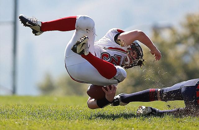 Eso si, hay algunos deportes con más riesgo que otros ... ;)