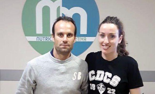 Recibimos la visita de algunas jugadoras del Club de balonmano Elche para una sesión de análisis de composición corporal y control de perímetros corporales